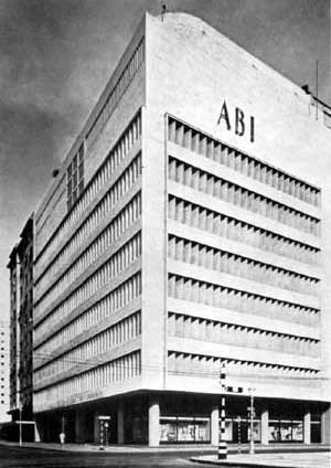 Fig. 29 – Nueva sede de la Associação Brasileira de Imprensa (ABI). Marcelo y Milton Roberto. Río de Janeiro, 1936