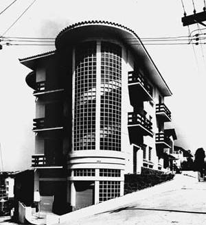 Edifício Tupã na esquina das ruas Rafael Correa e Crasso