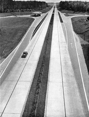 Los parkways y las carreteras alemanas y norteamericanas que impactaron en la visión territorial de Estrada, Vautier y otros urbanistas argentinos de la década del 30