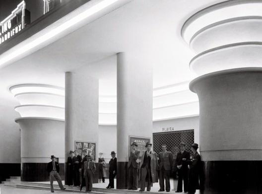 Cine Ufa-Palácio, São Paulo, 1936. Arquiteto Rino Levi<br />Foto divulgação  [Acervo digital Rino Levi]