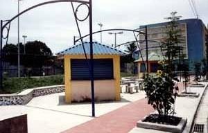 Praça Cesário de Mello (situação após intervenção), Divinéia, Campo Grande RJ. Projeto Fábrica Arquitetura