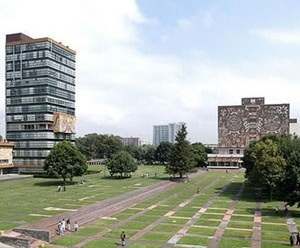 Fig. 15 - Universidad Nacional Autónoma de México. Gobierno y Servicios: Torre Rectoría y Biblioteca Central. Plataformas [www.unam.mx/patrimonio/]