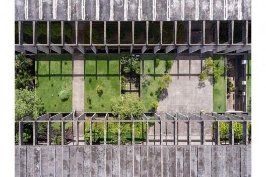 Instituto Central de Ciências da Universidade de Brasília, Brasília DF Brasil, 1971. Arquiteto Oscar Niemeyer<br />Foto Joana França, 2016
