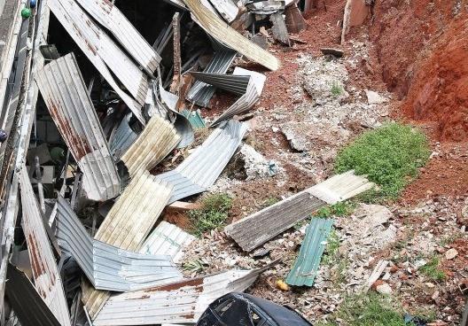 Deslizamento de terra no Rio de Janeiro, 2020<br />Foto Rovena Rosa  [Agência Brasil]