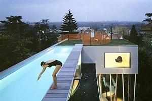 Villa Dall'Ava (1991-1993, Rem Koolhaas). <www.esto.com/aaron02_01.htm> [2006]<br />Foto Peter Arom/Esto