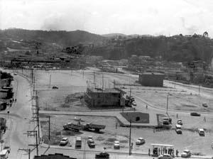Loteamento do Centro Novo a partir do desmonte do Morro de Santo Antônio. Década de 70 [Acervo do Museu de Ribeirão Pires]