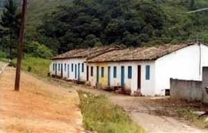 Casas de Operários da Pedreira Santa Clara, 2001 [Acervo do Museu de Ribeirão Pires]