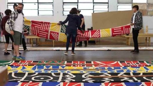 Concepção, construção e instalação da bandeira/fronteira<br />Foto divulgação