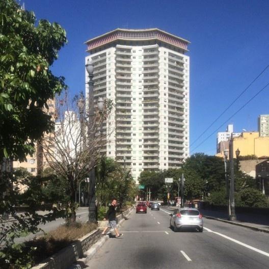 Edifício Viadutos, arquiteto João Artacho Jurado, 1956<br />Foto Abilio Guerra