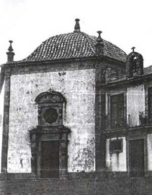4. Capela de N. S. da Encarnação, Santa Maria da Feira, Portugal [MOURA, Carlos. Op. cit]