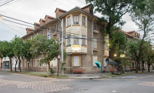 6. Esquina do Edifício Vila Flores, 2016<br />Foto Lauro Rocha e Fernando Banzi