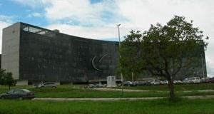 Oscar Niemeyer. Sede do Tribunal Superior do Trabalho. Foto da autora, outubro de 2006