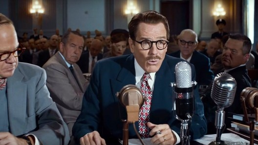 """Dalton Trumbo (Bryan Cranston) recusa-se a depor no Congresso norte-americano, na comissão que investigava atividades antiamericanas. Fotograma do filme """"Trumbo"""", direção de Jay Roach<br />Foto divulgação"""