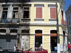 O Ateliê Amarelo, no Largo General Osório, São Paulo<br />Foto Merten Nefs, fev. 2005