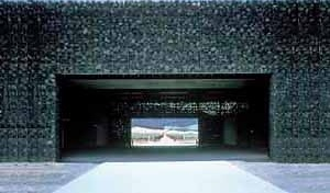 Figura 10 – Adegas Dominus, Yountville, Napa Valley, Califórnia, Estados Unidos. Projeto 1995, realização 1996/97 <br />Foto The Pritzker Architecture Prize