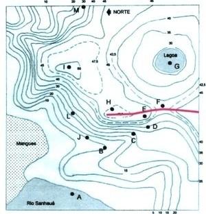 4. Traçado possível, mas não adotado, do eixo principal da cidade da Parahyba, seguindo a linha da cumeada (desenhado sobre a planta da Fig. 2)
