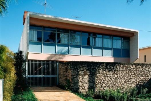 Residência José Mário Taques Bittencourt, São Paulo SP, 1960. Arquitetos João Vilanova Artigas e Carlos Cascaldi<br />Foto Nelson Kon