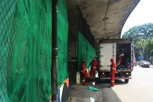 Praça 14 Bis, realocação de moradores sem teto, São Paulo<br />Foto Abilio Guerra