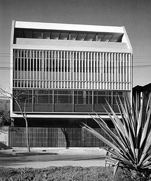 Residência Antônio Ceppas, Bairro Leblon, Rio de Janeiro RJ, 1951. Arquiteto Jorge Machado Moreira<br />Foto Juvêncio Souza
