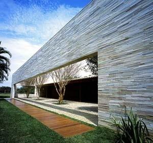 Filiação 1 – Casa du Plessis, Arquiteto Marcio Kogan. <br />Foto Arnaldo Pappalardo