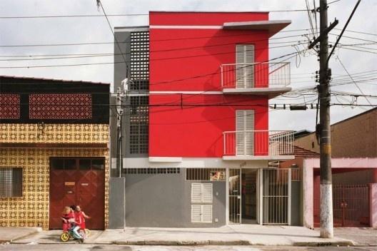 Cohab Pedro Facchini, São Paulo, Cohab. Arquitetos Marcelo Barbosa e Jupira Corbucci<br />Foto divulgação
