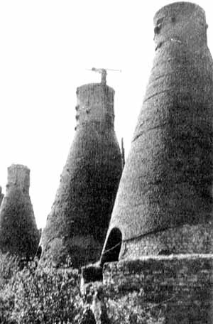 Hornos verticales usados en los albores del cemento, en el siglo XIX