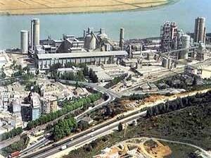 Fábrica Alhandra, em Portugal