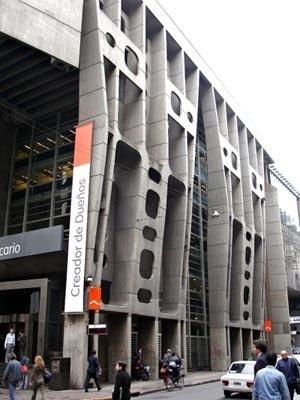 Banco de Londres (1960), de Clorindo Testa: um referencial argentino da estética brutalista [autor]