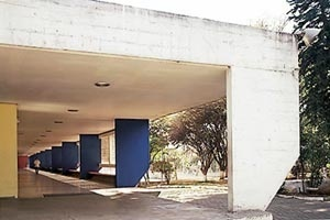 Ginásio em Guarulhos, de Vilanova Artigas e Carlos Cascaldi (1960) [Nelson Kon]