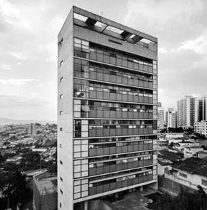 Edifício Jaraguá (1984), de Paulo Mendes da Rocha [Nelson Kon]