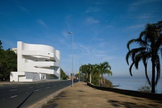 Fundação Iberê Camargo, Porto Alegre, arquiteto Álvaro Siza<br />Foto Nelson Kon