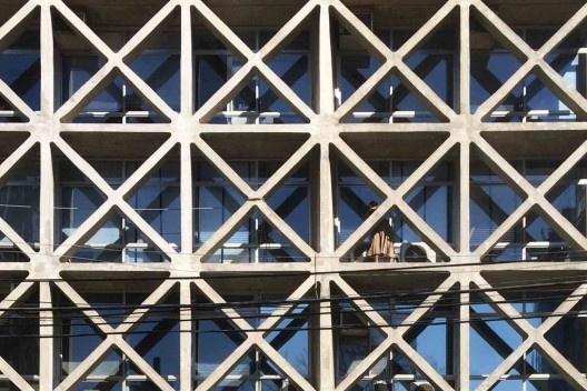 Edifício Capitânia, 1973, arquitetos Pedro Paulo de Melo Saraiva (Mackenzie, 1955), Sergio Ficher e Henrique Cambiaghi Filho<br />Foto Abilio Guerra