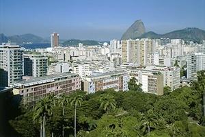 Parque Guinle, Rio de Janeiro, 1948, arquiteto Lúcio Costa<br />Foto Nelson Kon