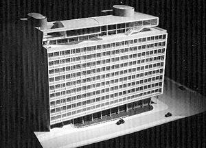 Maquete do primeiro projeto para o Edifício-sede das VFRGS (1944) [CZAJKOWSKI, Jorge (org.). Jorge Machado Moreira. Rio de Janeiro, Centro de Arquitetura e Urbanismo da Cidade do Rio de Janeiro, 1999, p. 108]