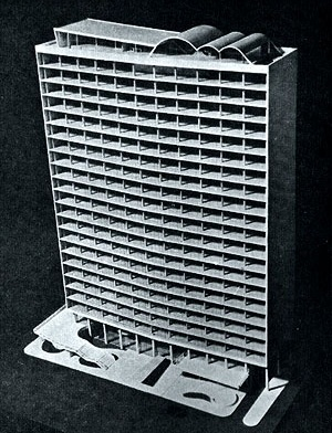 Maquete do segundo projeto para o Edifício-sede da VFRGS (1944) [Alberto; MIZOGUCHI, Ivan. Op. cit., p. 27]