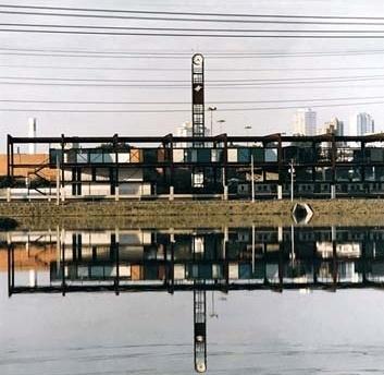 Figura 10 - Estação de Trem da CPTM Largo 13, São Paulo<br />Foto Cristiano Mascaro