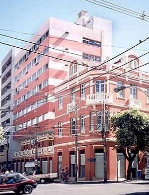 Casa eclética e seu anexo, Av. Sete de Setembro<br />Foto do autor