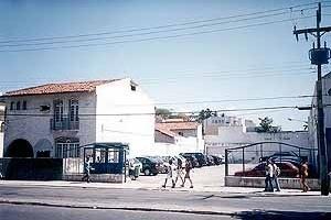 Estacionamento à rua Cons. Pedro Luiz<br />Foto do autor