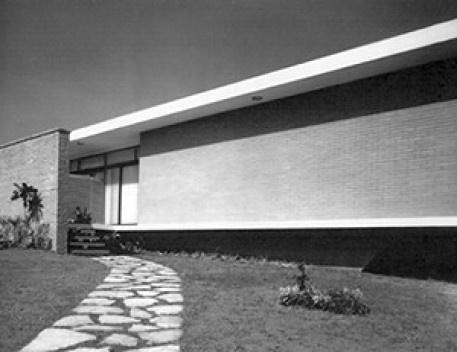 Residência Antonio Maurício da Rocha, São Paulo. Arquiteto David Libeskind, 1957<br />Foto José Moscardi