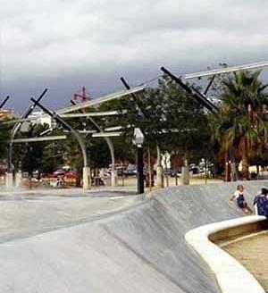 Parque de Santa Rosa em Mollet del Vallés, Enric Miralles e Benedetta Tagliabue