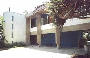 Residência Roberto Letaif, arquiteto Sami Bussab, 1967<br />Foto Lílian Diniz Ferreira