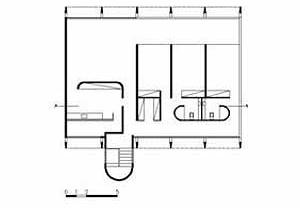 Planta da Residência Roberto Letaif, arquiteto Sami Bussab, 1967. A planta segue os paradigmas da escola paulista: a circulação isolada do perímetro principal, os quartos no miolo da construção, abrindo para uma área de convivência<br />Desenho Maurício Azenha Dias