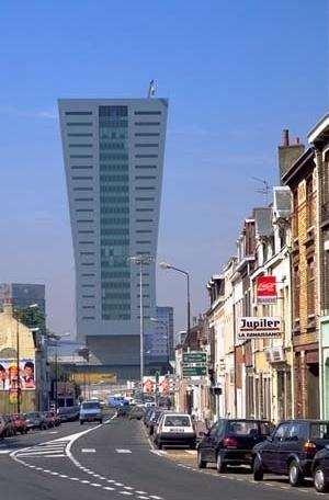 Torre do Crédit Lyonnais de Euralille, Lille, 1995. Arquiteto Christian de Portzamparc, projeto urbano de Rem Koolhaas<br />Foto Nicolas Borel