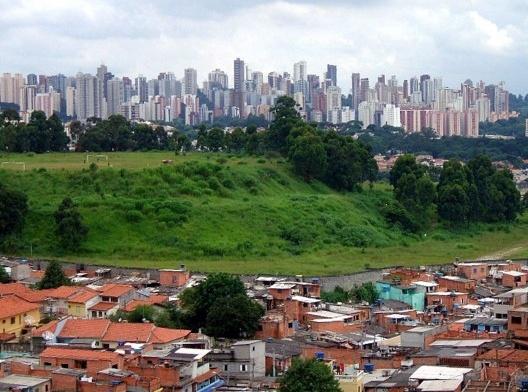 Jardim Jaqueline, no distrito de Vila Sônia, São Paulo SP<br />Foto Dornicke  [Wikimedia Commons]