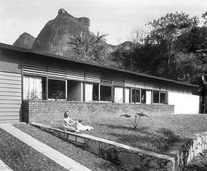 Residência R. Armando, São Conrado, Rio de Janeiro, 1955<br />Foto Michel Aertsens