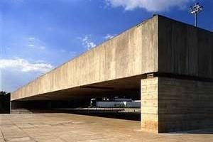 Fig. 12: Museu Brasileiro da Escultura (1986-1995)<br />Foto Nelson Kon