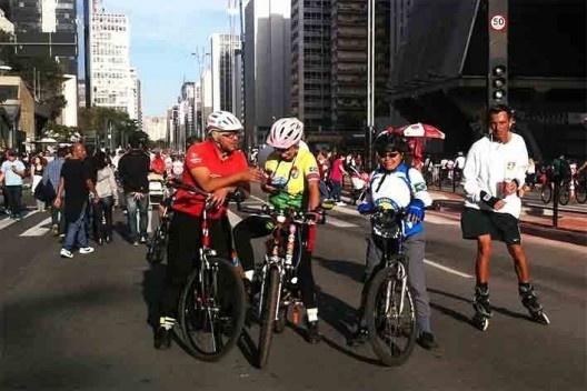 Domingo na Avenida Paulista<br />Foto Abilio Guerra