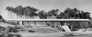 Vista frontal do Parador La Solana (1946), em Punta Ballena [Hitchcock, Henry-Russell. Latin american architecture since 1945, p.54]