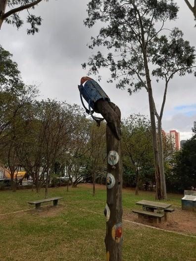 Vestígios da ludo-escultura de Elvira de Almeida
