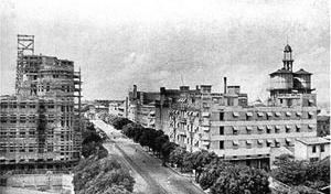 Avenida 15 de Agosto nos anos quarenta [Martins (1944)]